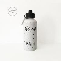 Botella de aluminio personalizada con el diseño de unas pestañas