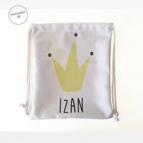 mochila para la guarderia personalizada rey con el fondo blanco