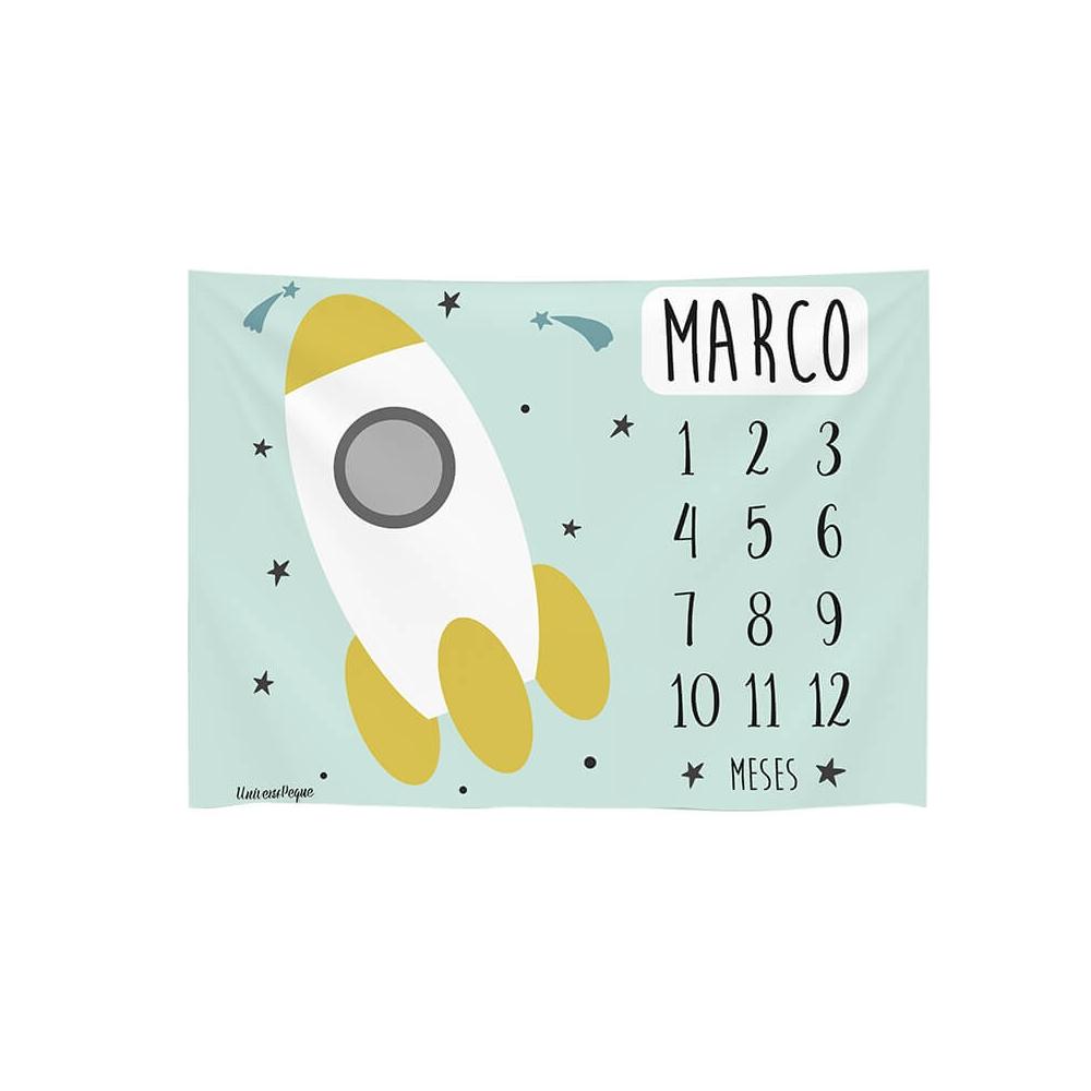 manta calendario con el diseño del espacio